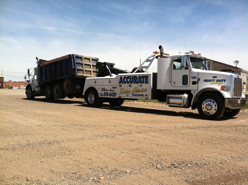 dunp truck tow
