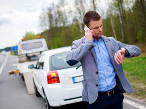 Interacting with Tow Truck Operators: A Guide to Proper Etiquette