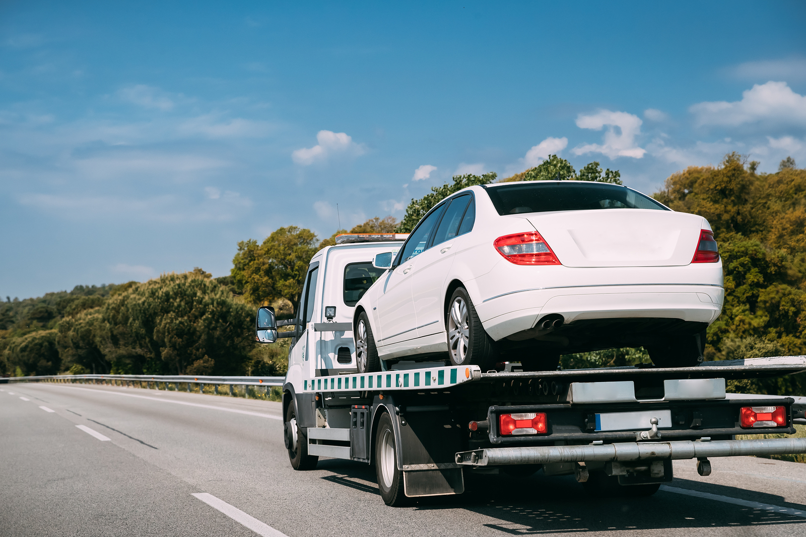 How To Choose the Best Highland Park Towing Services
